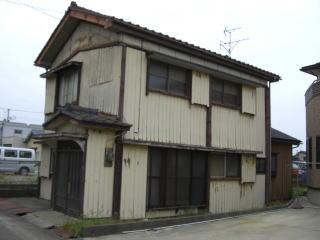 柏崎市栄町 M様 木造二階建 27.5坪 85万円